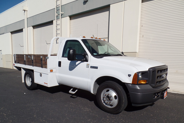 2005 Ford F-350 XL Stalkedbed w/ Only 15k