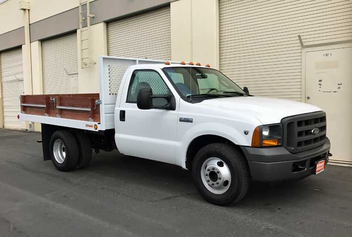 2005 Ford F-350 6 Speed Manual Transmission Truck w/ New 10' Stakebed & Only 75K