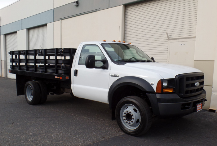 2006 Ford F-450 12' Stakebed w/ Only 70K